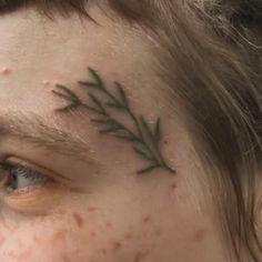 Piercings, Handpoke Tattoo, Ex Machina, Body Mods, Tattoo Inspiration, Body Art, Makeup, Green, Photography