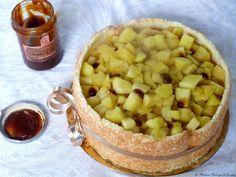 Charlotte au caramel beurre salé, pommes et calvados