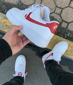 Nike Air Force Men, Nike Air Force 1 Outfit, Nike Shoes Air Force, Red Nike Shoes, Swag Outfits Men, Fly Shoes, Sneaker Stores, Swagg, Sneakers Fashion