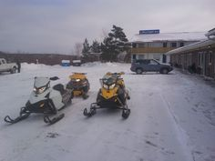 Ready to ride the trails from the Moonlight Inn and Suites Motel in Sudbury Ontario. Trail to Door. Greater Sudbury, Local Attractions, Bar Lounge, Shopping Center, Motel, The Great Outdoors, Moonlight, Ontario, Trail