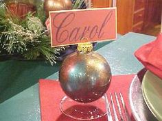 holiday ornament place cards diy giftsplace card