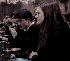 Gina Harry Potter, Harry Potter Ginny Weasley, Harry And Ginny, Harry Potter Icons, Mundo Harry Potter, Harry Potter Ships, Harry Potter Drawings, Harry Potter Images, Harry Potter Tumblr