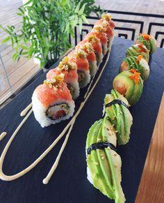 Sushi Burger, My Sushi, Sushi Love, Sushi Japan, Oshi Sushi, Sushi Comida, Sushi Donuts, Seafood Buffet, Fresh Sushi