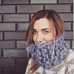 Шарф знайшов свого переможця Це була любов з першого погляду і дотику  #giftinstalutsk #smplhard #lutsk #instalutsk #луцьк #bigknit #ilove_knitting #вязание #вязання #knitting #knittersofinstagram