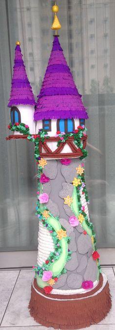 Piñata de la torre de Enredados