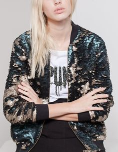 At Stradivarius you'll find 1 Sequinned bomber jacket for woman for just 139.95 Turkey . Visit now to discover this and more BOMBERS.