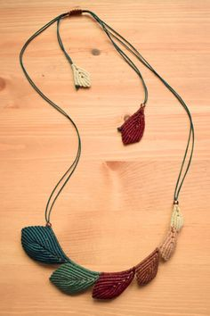 macrame necklace • leaves • earth tones