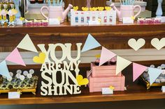 Festa Infantil You Are My Sunshine Sunshine Birthday Parties, Bday Girl, I Party, Party Ideas, 1st Birthdays, Diy Party Decorations, You Are My Sunshine, 2nd Birthday, Baby Shower
