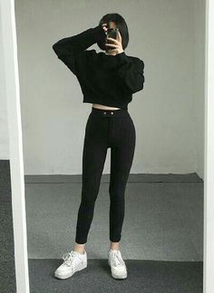 15 good edgy outfits for daily's fashion page 5 Tumblr Outfits, Hipster Outfits, Teen Fashion Outfits, Edgy Outfits, Cute Casual Outfits, Korean Outfits, Mode Outfits, Grunge Outfits, Girl Outfits