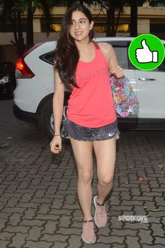 Bollywood Actress Sara Ali Khan Long Cross legs Thighs IN Pink Top - Actress Doodles Hindi Actress, Actress Pics, Bollywood Actress, Hot Actresses, Beautiful Actresses, Indian Actresses, Bollywood Girls, Bollywood Photos, Hottest Models