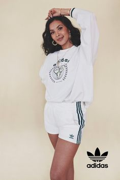 Maya wears the Tennis Luxe Graphic Sweatshirt paired with the White Tennis Shorts from the adidas Tennis Luxe collection Shop the adidas Tennis Luxe sweater with archival tennis graphic. Sport Fashion, Retro Fashion, Tennis Shorts, Outfit Goals, Everyday Outfits, Adidas Originals, White Shorts, Graphic Sweatshirt, Pullover