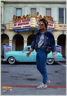 44 photos de tournage de Retour vers le futur Marty McFly/Michael J. Fox - Back to the Future 80s Movies, Iconic Movies, Good Movies, Classic Movies, Back To The 80's, Back To The Future, The Future Movie, Odd Future, Movies Showing