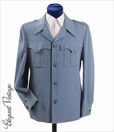 1970's Wool Gabardine Mens Western Style Jacket. Leisure style. Heavy placket. Four large buttons. Casual