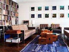 Living com Tapete Azul Sofás e Poltronas Florence Knoll