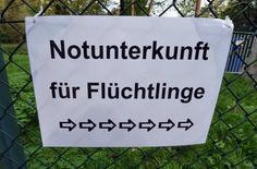 In den Flüchtlingsunterkünften engagieren sich viele ehrenamtliche Stuttgarter Freundeskreise. Foto: dpa