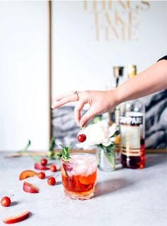 This St. Germain Spritzer cocktail takes just 2 minutes to whip up. It's the perfect refreshing alcoholic drink for a spring or summer evening. Campari Cocktails, Cocktail And Mocktail, Refreshing Cocktails, Easy Cocktails, Summer Cocktails, Fun Drinks, Cocktail Recipes, Alcoholic Drinks, Beverages