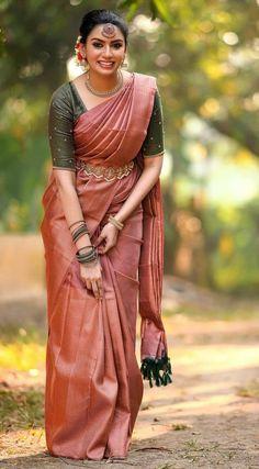 Half Saree Designs, Silk Saree Blouse Designs, Bridal Blouse Designs, Indian Bridal Fashion, Indian Fashion Dresses, Indian Designer Outfits, South Indian Wedding Saree, Indian Wedding Outfits, Saree Designs Party Wear