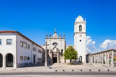 The Cathedral of Aveiro, also known as the Church of St. Dominic//this is where the 1508 Lisbon Sephardic Massacre started inside it; it continued on this plaza for 3 days, live burnings, torture, etc. 2-4K Jews were massacred. The STAR Memorial sits on same plaza today.