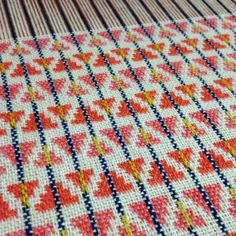 Tonight's weaving efforts...#triangles #lambswool #designing #new #winter #scarves #weave