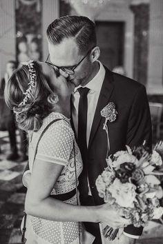 Maren & Benedikt: Urban-Romantische Hochzeit CHARMEWEDD http://www.hochzeitswahn.de/inspirationen/maren-benedikt-urbane-romance-hochzeit/ #wedding #urban #inspiration