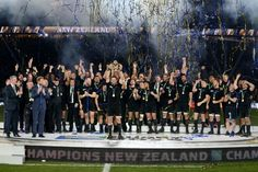 Dan Carter reigned supreme at Twickenham as New Zealand killed off Australia's second-half fight-back to become the first team in World Cup history to successfully retain their title. The All Blacks Rugby Cup, Australia Rugby, Rugby Union Teams, Richie Mccaw, Dan Carter, New Zealand Rugby, All Blacks Rugby, World Cup Winners, World Cup Final