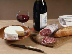 Resultados de la Búsqueda de imágenes de Google de http://www.altonivel.com.mx/assets/images/Estilo_de_Vida/Gastronomia_y_Viajes/aprende-el-maridaje-de-vinos-y-quesos.jpg