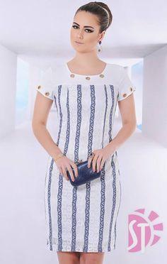 VESTIDO 10577 - Clássica Moda Evangélica Low Cut Dresses, Simple Dresses, Nice Dresses, Casual Dresses, Short Sleeve Dresses, Classy Outfits, Beautiful Outfits, Trendy Outfits, Dress Outfits