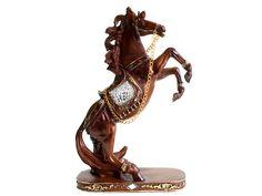 Debido a que los caballos son un icono de la autoridad, resistencia y perseverancia, son un símbolo muy respetado auspicioso en feng shui, que permite a su portador salir  airoso de cualquier obstáculo en el camino de la vida. #anodelcaballo #caballo2014