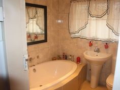 4 Bedroom House, Corner Bathtub, Family Room, Lounge, Home, Airport Lounge, Corner Tub, Family Rooms, Drawing Rooms