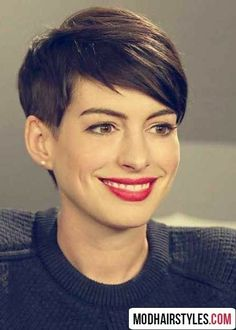 ▷ ideas for undercut women to borrow and imitate - Anne Hathaway short hair and red lipstick undercut hairstyles women short hair - Undercut Hairstyles Women, Undercut Women, Quick Hairstyles, Pixie Hairstyles, Pixie Haircuts, Anne Hathaway Short Hair, Anne Hathaway Haircut, Modern Short Hairstyles, Haircut For Thick Hair
