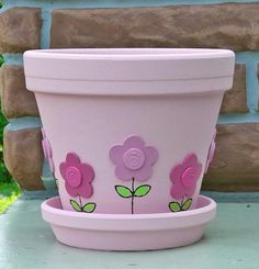 Flower pot idea Use the buttons Zula Kutch Flower Pot Art, Flower Pot Crafts, Cactus Flower, Flower Pot People, Clay Pot People, Clay Pot Projects, Clay Pot Crafts, Painted Plant Pots, Painted Flower Pots