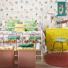 yatak odasi fikirleri perdeler duvar kagitlari mobilyalar desenler renkli desenler kus cicek