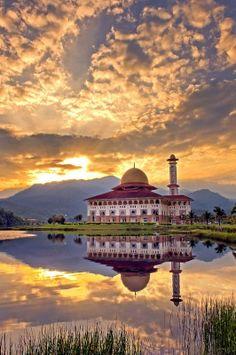 Masjid Dural Quran, Kuala Kubu Bharu, Hulu Selangor, Malaysia (by yaman ibrahim)