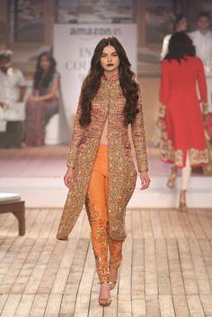 In a Different color Monisha Jaising Pakistani Couture, Indian Couture, Pakistani Outfits, Indian Outfits, India Fashion, Ethnic Fashion, Asian Fashion, Anarkali, Lehenga Choli