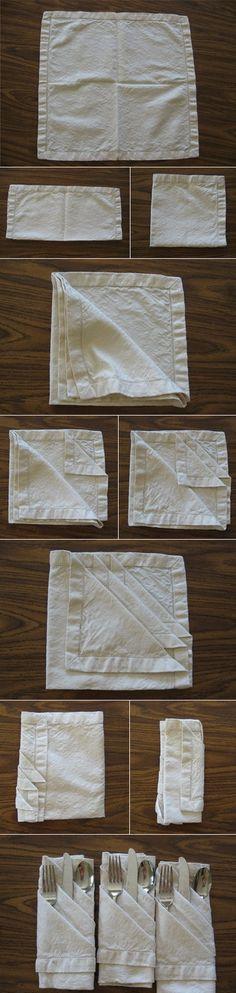 cómo doblar una servilleta para poner los cubiertos
