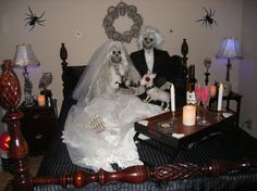 Love this idea. Just need some thrift store clothes and a couple of skeletons