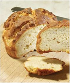 Similar to Portuguese Sweet Bread (pao doce), this gluten-free Hawaiian Sweetbread has a rich texture and slightly sweet taste. It can be made with egg replacement with good results. (Makes one loaf or two round boules. Gf Recipes, Gluten Free Recipes, Bread Recipes, Cooking Recipes, Gluten Free Breads, Entree Recipes, Pains Sans Gluten, Hawaiian Sweet Breads, Portuguese Sweet Bread