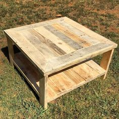 Pallet Wood Square Coffee Table | Pallet Furniture DIY