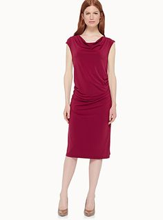 Exclusively from Contemporaine     An elegant and feminine piece for any occasion   Fitted with a flattering drape that perfectly slims…