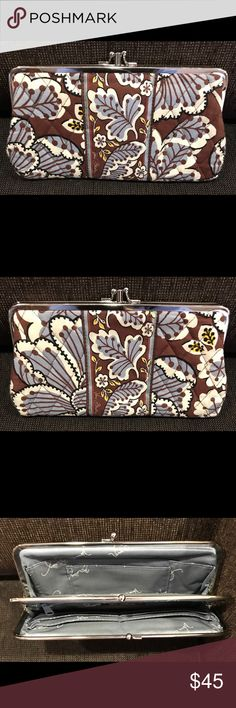 Vera Bradley clutch kiss lock wallet. Vera Bradley clutch kiss lock wallet in Slate Blooms.  Excellent used condition. Vera Bradley Bags Clutches & Wristlets