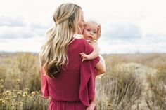 Family Photos in a Field | Cami Jane Photography