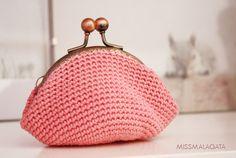 crocheted coin purse, pink colour - by missmalagata