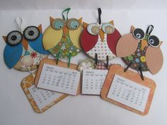 Great for calendars, recipe cards, inspirational notes, etc. Cd Crafts, Hobbies And Crafts, Crafts For Kids, Paper Crafts, 3d Paper Projects, Craft Projects, Coaster Crafts, Craft Sale, Craft Fairs