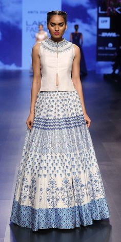 ANITA DONGRE AT LAKME FASHION WEEK - AW16 - LOOK 10