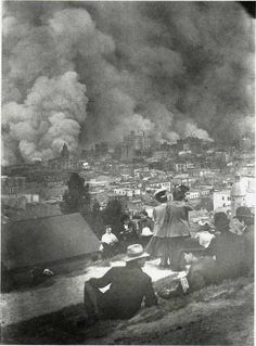 The San Francisco Earthquake and Fire, a. on Wednesday, April Devastating fires broke out in the city that lasted for several days. As a result of the quake and fires, about people died and over of San Francisco was destroyed. Photos Du, Old Photos, Vintage Photographs, Vintage Photos, San Francisco Earthquake, Historia Universal, History Of Photography, Interesting History, World History