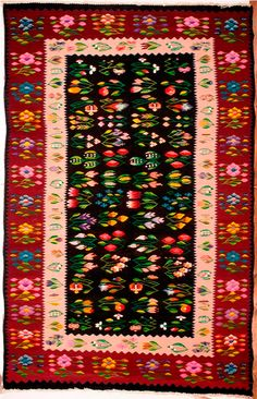 Traditional Rugs, Bohemian Rug, Manual, Weaving, Carpet, Canada, Kilims, Wool, Cottages
