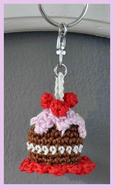 Crochet mini cake keychain