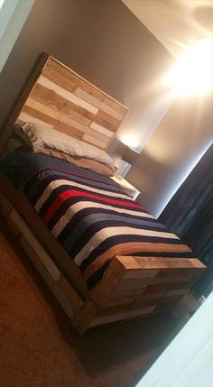 Beautiful Pallet Bed with Headboard & Nightstand | 101 Pallet Ideas