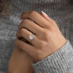 21.2 k mentions J'aime, 85 commentaires – Engagement Rings Gallery (@thecaratclub) sur Instagram : «Sometimes it's the simple rings that are the most beautiful Double tap & TAG your sweetheart ... .…»