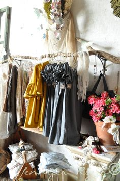 Nada farm sale Jeanne Oliver designs dresses